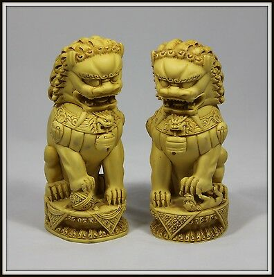 "Incredible ""Hand Carved Pair of Resin Chinese Foo Dogs"" Intricate Detail"