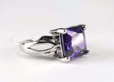 R#8440 simulated Purple Amethyst gemstone solitaire ladies silver ring size 8