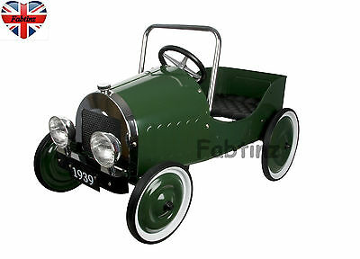 Childrens Great Gizmos Classic Pedal Car Green steel retro look steerable 3-5yrs