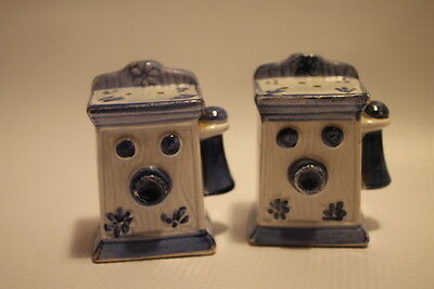 Old Fashion Telephone Salt and Pepper Shakers Vintage Phone Collectible Ceramic
