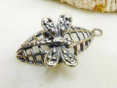 DH82 - 1 .925 Sterling Silver Lightly Oxidized Fancy Dragonfly Charm / Pendant