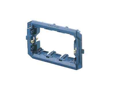 Gewiss Gw 32403 Supporto 3 Moduli Per Placche Playbus / Playbus Young