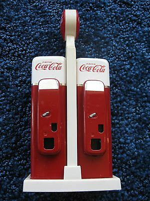 Coca-Cola-Salt & Pepper Shakers-Pop Machine- 1993-Metal &Plastic-