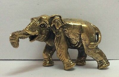 Statuette amulette laiton figurine animal GRAND ELEPHANT Cambodge e6