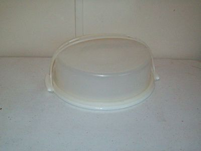 Tupperware Cake Taker classic clear & White with handle