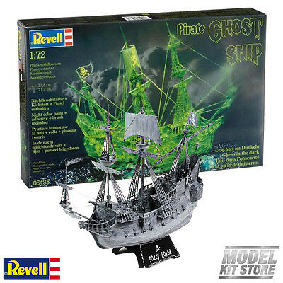 Ghost ship with night colour - 1/72 Revell Sailing Ship Model Kit #5433 NEW