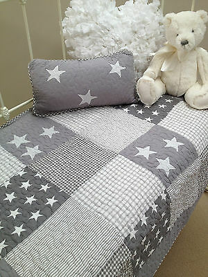 2pce Greyl Stars Lachlan Baby Boys Girls Nursery Cot Quilt Cushion Set