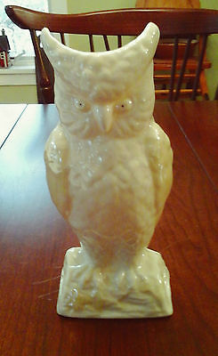 "Belleek Owl Vase Cream & Pale Yellow Luster Glaze, Mint Cond., 8 3/8"" Tall"