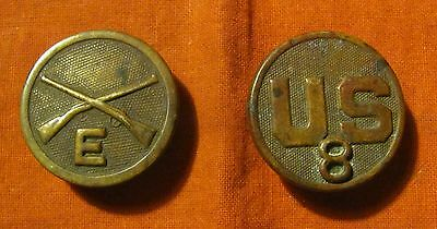 WW1 8th Infantry Regiment Company E Enlisted Collar Disc and US Collar Disc 8/E