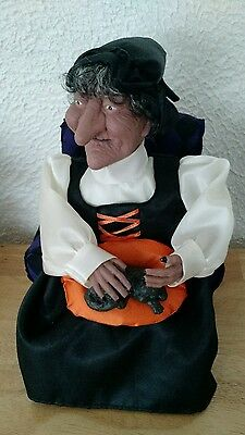 Vintage Halloween Spooky Creepy Animated Sound Light Witch Petting Her Cat
