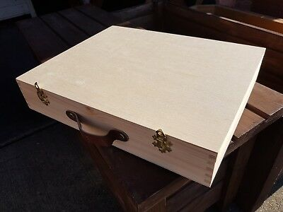 Wooden Suitcase with Eighteen compartment Plain WOOD