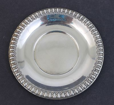 Vintage Signed Wilcox 7075 IS Silver Plated Floral Rimmed Candy Nut Dish 7075
