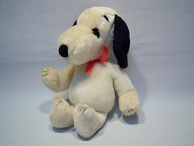 Vintage 70's Snoopy Plush Stuffed Animal Toy