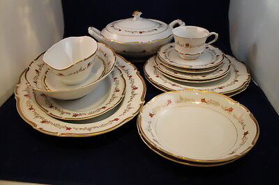 RARE 16 Pce Set Vintage Seyei Gold Trim China Dochester #4692 Japan Red Flowers