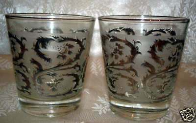 Vintage Dominion Glass: 2 Etched Drinking Glasses With Silver