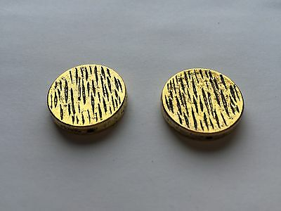 2 pieces - flat round bead with hole - gold - 2.3cm x 2.3cm