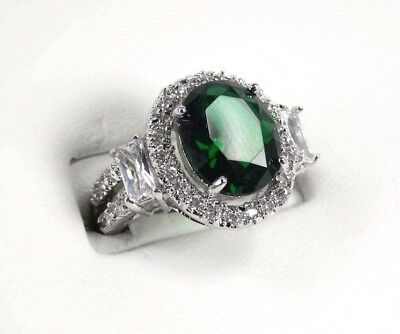 R#2397 Simulated Green Emerald gemstone ladies silver ring size 7.25