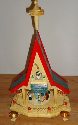 "Nativity Pyramid Nativity 1 tier 14"" Pine wood Christmas Windmill (incomplete)"
