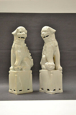 """Pair Chinese White Porcelain Foo Dogs Lions Figures Statues Home Decoration 13""""H"""