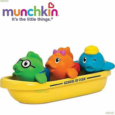 Munchkin Toddler Bath School of Fish With 3 Fish Water Squirter and Boat Toy Set