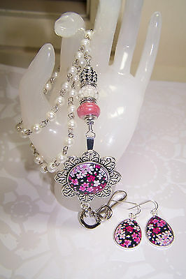 Pink & White Murano - Pink & White Floral Cabochon Beaded Lanyard / ID Badge