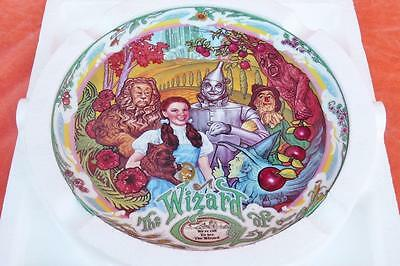 "1993 WIZARD Of OZ MUSICAL PLATE ""WE'RE OFF TO SEE THE WIZARD"" LIMITED ED KNOWLES"