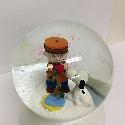 Peanuts Charlie Brown Snoopy Snow Water Globe Decorating the Tree New Dept 56