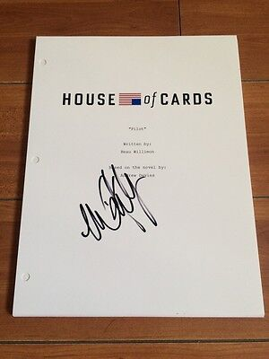 MICHAEL KELLY SIGNED HOUSE OF CARDS FULL 66 PAGE PILOT SCRIPT w/ EXACT PROOF