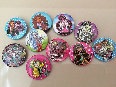 5pcs MONSTER HIGH 30mm Plastic Badge Brooch Pin Birthday Party Lolly Bag Gift