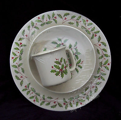 Lenox China HOLIDAY 3 Pc Place Setting /s for Children Kids Melamine Xmas Fun