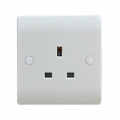 Sline 1 Gang White 13a Unswitched Single Pole UK Plug Socket in Durable Plastic