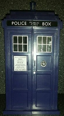 Doctor Who Battles In Time Tardis Card Carry Case