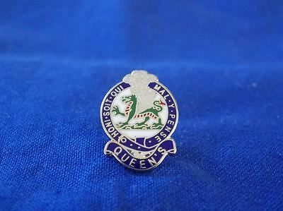 Queen's Regiment Lapel Pin