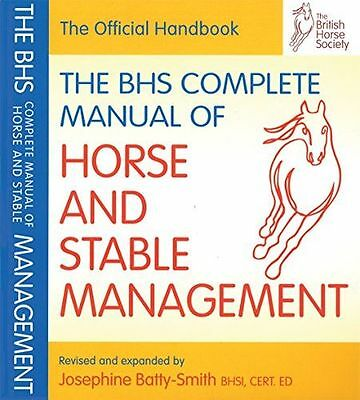 BHS Complete Manual of Horse and Stable Management British (PB) ISBN1905693184