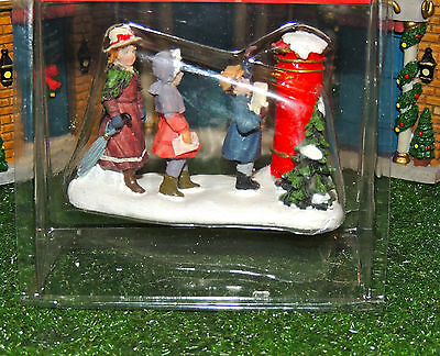 Vintage Mailbox With Children Mailing Letters To Santa 1:24 (G) Scale Diorama