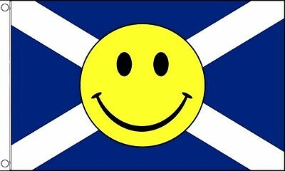 5ft x 3ft (150 x 90cm) Scotland St Andrews Saltire Smiley Face Polyester Flag