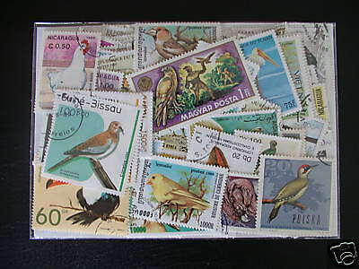 Timbres Oiseaux : 200 Timbres Tous Differents / Birds Stamps ********