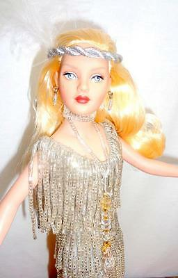 """Tonner Drop Dead Gorgeous Tiny Kitty 10"""" Fashion Doll Blonde Flapper Stand Box"""