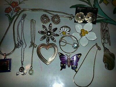 Lot Of 13 Pieces Costume Jewelry Enamel Flower Pin & Ring