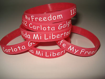 112 Carlota Galgos Wristbands, available in English or Spanish versions