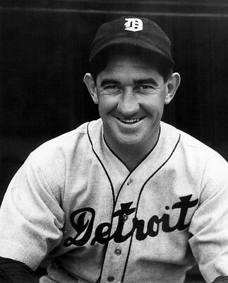 Awesome Mickey Cochrane 8X10 Tigers All Time Great Catcher