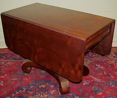 Exceptional Empire Mahogany Breakfast Table On Filey Formed Ogee Base