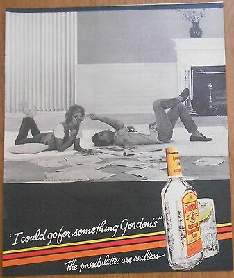 1985 original Drink AD couple reading newspapers Gordon's Distilled Gin