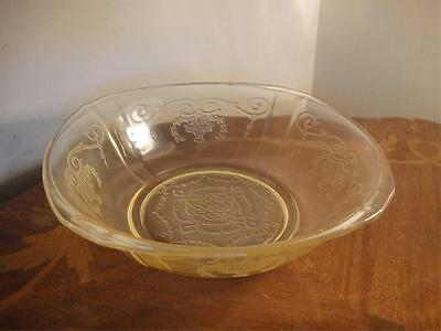 Vintage Yellow Depression Glass  Indiana Lorain 7.25 IN Salad  Bowl