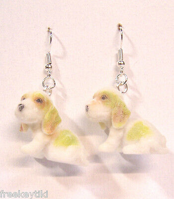 "Basset Hound Dogs Puppies 1"" Mini Figures Fuzzy w/ Flocking Dangle Earrings"