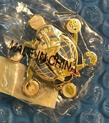 Disney DLR Cast Member Jiminy Cricket w/Symbols of the Earth Spinner LE Pin MIP