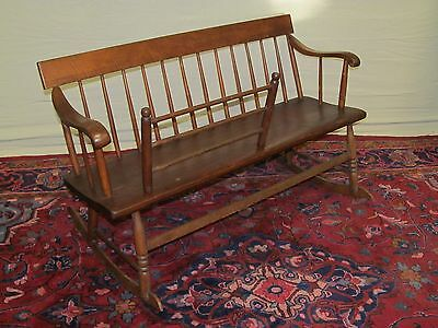 19Th Century Tiger Maple And Pine Mammy's Rocking Bench