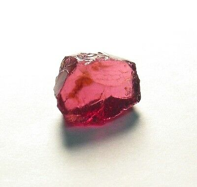 Very Nice, Pinkish Red Rhodolite Garnet Gem Facet Rough 34h!