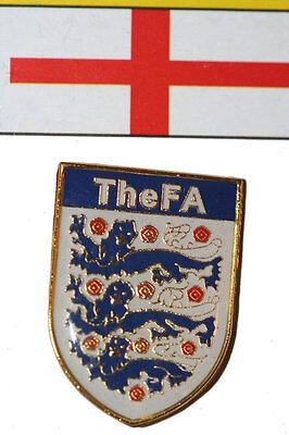 ENGLAND TheFA 3 LIONS LAPEL PIN BADGE .. NEW