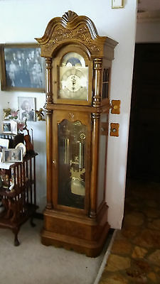 Grandfather clock Howard Miller Model 610-361